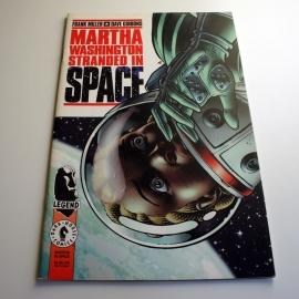 Frank Miller & Dave Gibbons: Martha Washington Stranded in Space (käytetty)